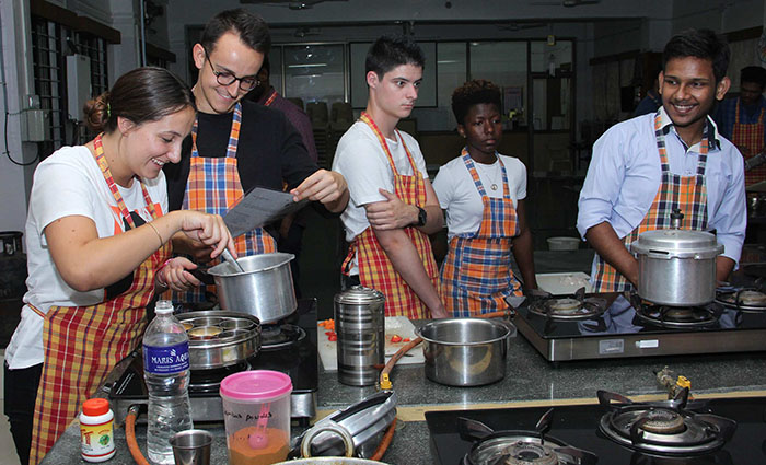 summer camp - cooking